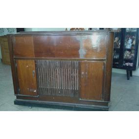 Consola Musical Con Radio De Los 40s Garrand No Envíos