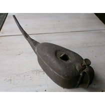 Muy Antigua Aceitera En Hierro Y Bronce
