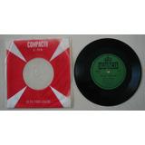 Disco Compacto Simples - Victor Bass -Aguas Mansas