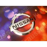 Nissan, Logo Emblema Cromado, 9x7.5cms