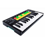 Teclado Controlador Novation Launchkey 25 Mini Mk2 25 Teclas