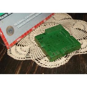 Antiguo Cenicero Bakelita Verde Y Negro Año 45 9x9cm (4898)