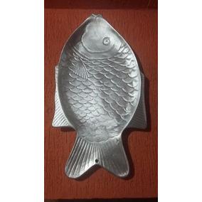 Travessa De Alumínio Decorativa Formato De Peixe Assadeira