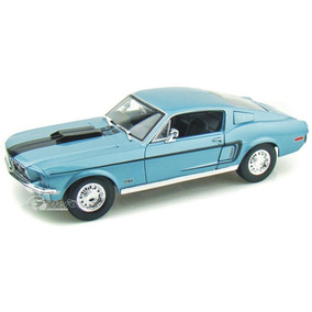 Maisto Ford Mustang Gt 68 Cobra Azul 1/18 Metal Diecast