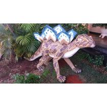 Escultura Boneco Dinossauro Em Fibra Aluguel E Venda