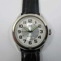 Relógio De Pulso Q & Q Masculino Cromado Pulseira De Couro