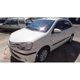 Toyota Etios 4p Combo Baguetas Puertas + Protector Paragolpe