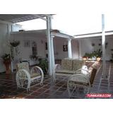 Vendo Bella Casa Urb Privada Las Delicias, Ind. Piñonal Ii