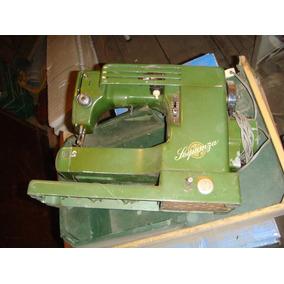 Maquina De Coser Antigua $ 1100