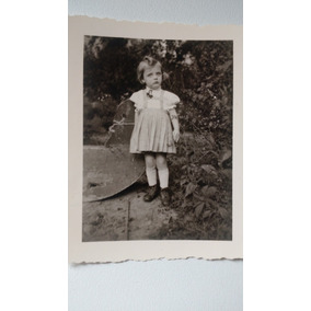 Mini Fotografia Antiga ( Menina 1945)