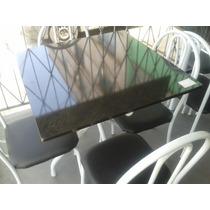 Mesa Com Tampo De Pedra Granitada Quadrada Com 4 Cadeiras