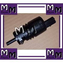 Bomba Esguicho Lavador Para Brisas Bmw 528i 2012/2013