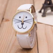 Reloj En Forma De Gato Kitty Dorado Color Blanco