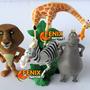 Bonecos Madagascar 4 Peças Leão Zebra Hipo E Girafa