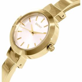 Reloj Dkny Ny2350 Original Tipo Brazalet Para Dama En Dorado
