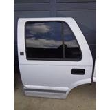 Puerta Trasera Izquierda Chevrolet Blazer 95/97