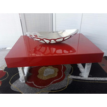 Mesa De Centro Vermelha Com Pés De Alumínio Lunatta