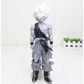 Figura Coleccionable Goku Dragon Ball Z 34 Cm Blanco Y Negro