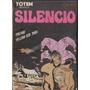 Silencio Comes Biblioteca Totem