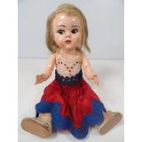 Boneca Antiga Plastico Duro Anos 50 - Abre E Fecha Os Olhos