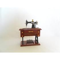 Maquina De Coser Miniatura Caja Musical Chica