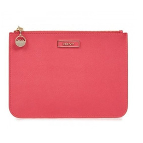 Cartera Dkny Saffiano Leather Flat Zip Pouch Ifs Femenino