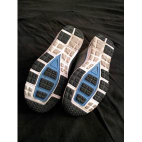 10221421-tennis Nike