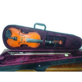 Violin 1/2 Marca Praga Modelo Stradivarius