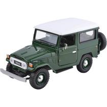 Miniatura Em Metal - 1:24 - Toyota Bandeirante - Land Cruise
