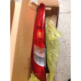 Lanterna Traseira Fiesta Hatch 02/06 Le C/ Re Pequena 4920