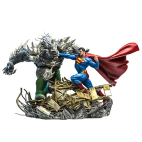 Superman Vs Doomsday - Dc Comics - Iron Studios Última Peça