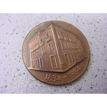 Antiga Medalha Comemorativa 50 Anos Banco Econômico S.a
