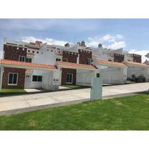 Casas Nuevas De Construcción Tradicional Y Acabados De Lujo.