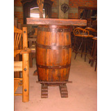 Exclusiva Barra De Barril Estilo Antiguo. Cubierta De Puerta