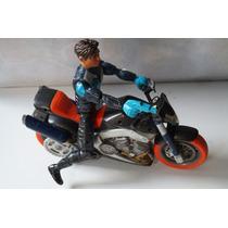 Moto Y Figura Action Man