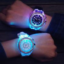 Relógio Feminino Silicone Com Strass Luz Led !! Top !! Lindo