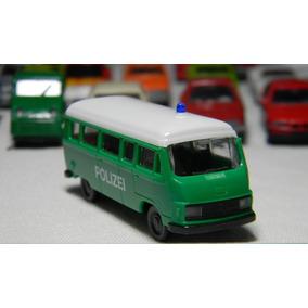 Miniatura Van Mercedes Benz Policia Ho 1:87 Wiking