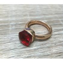 Anel Folheado Modelo Solitário Com Pedra Brilhante Vermelha