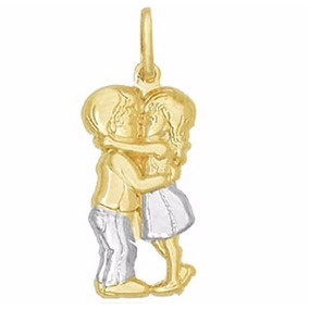Pingente Casal Apaixonado Namorados Beijo Ouro