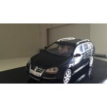 Miniatura Autoart 1:43 Vw Golf / Jetta