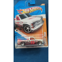 Hot Whee Pik Up Chevy 1500 Track Star 11 1:64