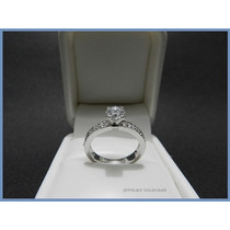 Anillo De Platino Con Diamante Natural .95 Ct De Compromiso