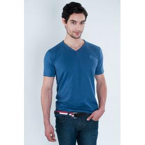 Camiseta Gola V - Polo Collection