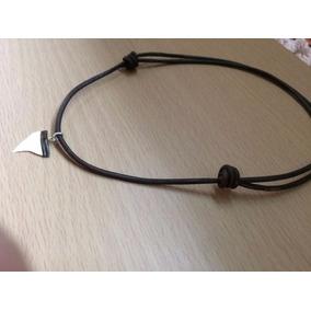 Collar Y Pulsera De Piel Con Un Diente De Tiburón