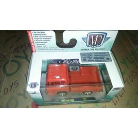 M2 Machines Ford C600 1960 Roja Con Acrílico Lyly Toys