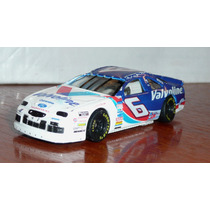 Ford Thunderbird # 6 - Nascar - Hot Wheels 1/64