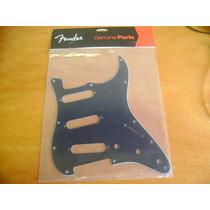Escudo Fender Strato Preto Sss - Novo