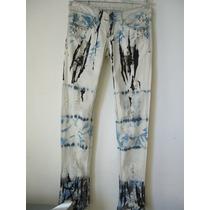 Calça Jeans Manchada, Com Tachas E Spikers, Estilo Street!
