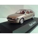 Diecast Opel Vectra-b Schuco 1:43 - Nuevo!