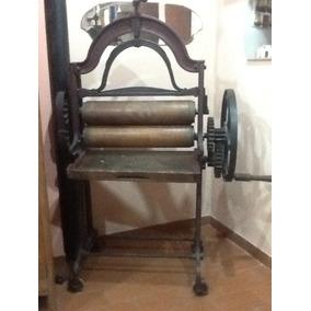 Antigua Máquina De Planchar Inglesa Del Siglo Xix